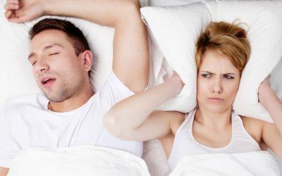 Sforăitul și apneea de somn: cauze, riscuri pentru sănătate și soluții moderne de tratament